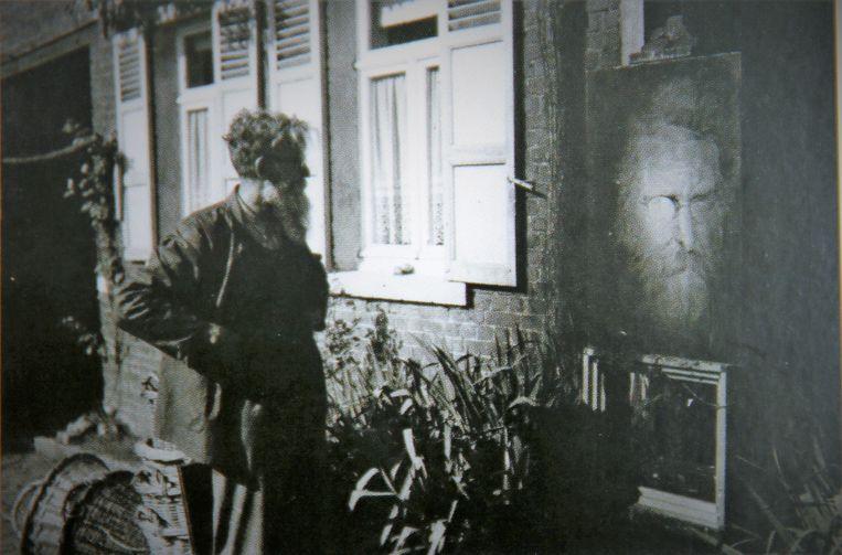 Kunstenaar Felix De Boeck aan het werk aan zijn hoeve in Drogenbos.