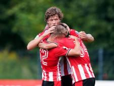 Lammers besluit pittig PSV-trainingskamp met twee prima treffers: 'Heb de laatste energie eruit geperst'