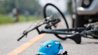 Fietser (61) gewond bij verkeersongeval Nachtegaalstraat