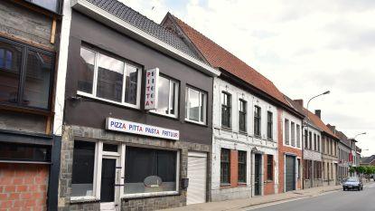 Steekpartij is het incident teveel: burgemeester Dentergem sluit omstreden pitabar voor drie maanden