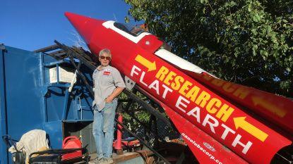 Amerikaan bouwt stoomraket om te bewijzen dat de aarde plat is