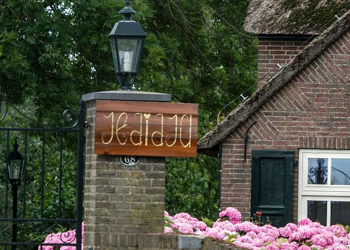 Het pand in Meerkerk waar zorginstelling Jedidja voorheen was gevestigd.