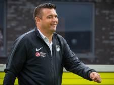 Vitesse neemt afscheid van jeugdtrainer Van Beukering