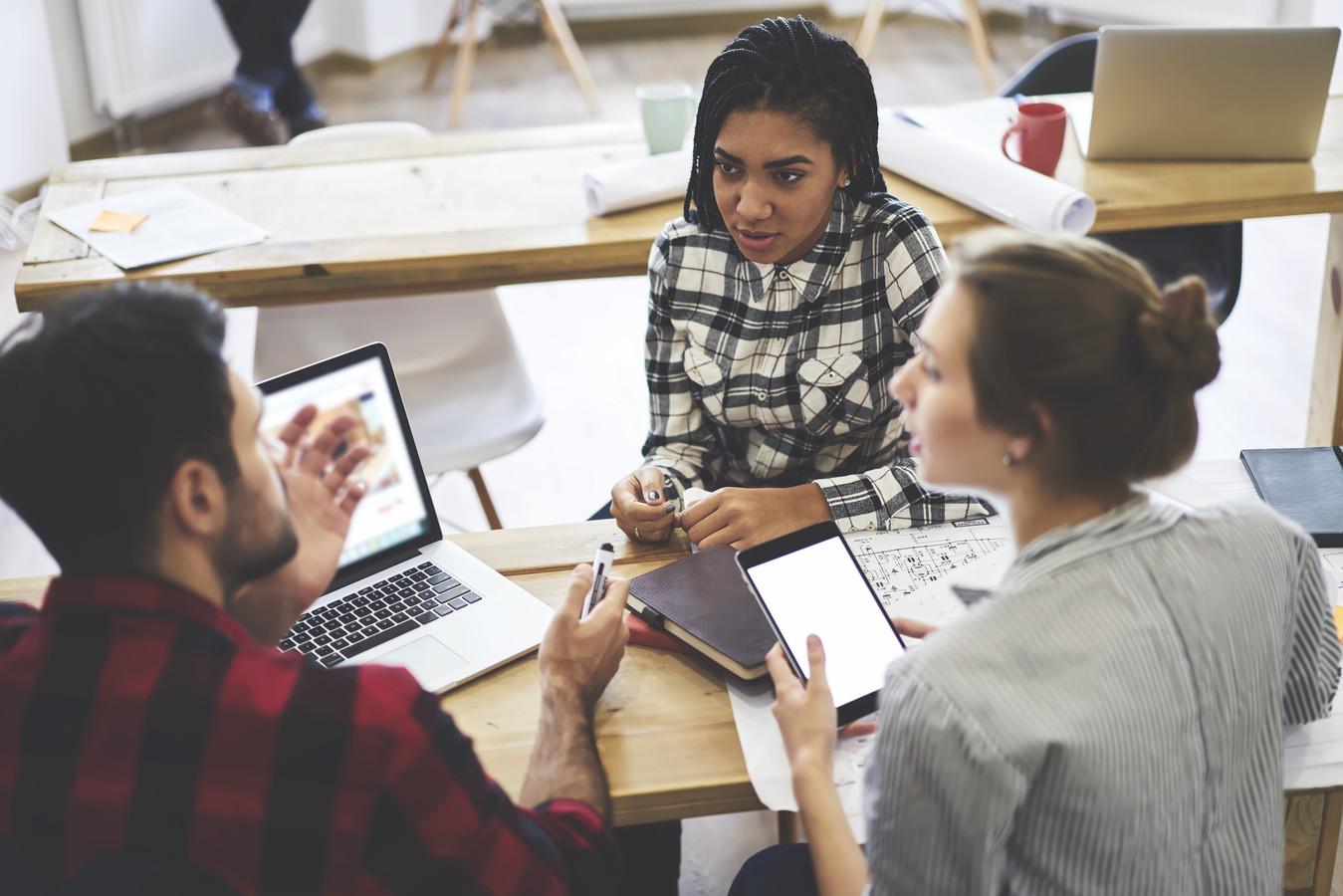 Foto ter illustratie. Voor millennials is de inhoud van het werk het belangrijkst als zij een baan zoeken. Ook kijken ze naar mogelijkheden om zich door te ontwikkelen.