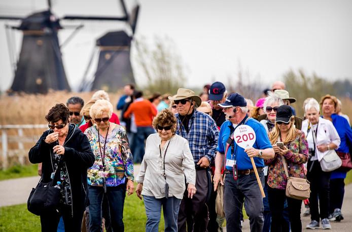 Sinds 1 maart 2019 moeten groepen vanaf 15 personen verplicht reserveren voor een bezoek aan de wereldberoemde molens.