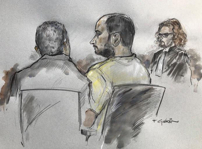 Malek F., de uit Syrië gevluchte Palestijn. Rechts advocaat Job Knoester.