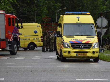 Militair in opleiding getroffen door bliksem in Ossendrecht, dertien anderen lichtgewond