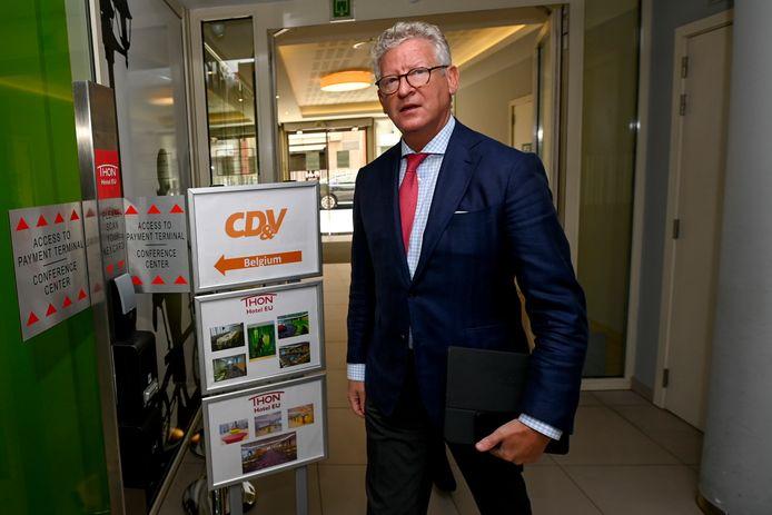 Blijft Pieter De Crem ook na zijn termijn als minister de pijlen van CD&V volgen?
