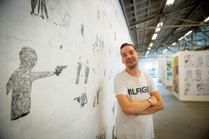 Thomas Verlaek heeft een film gemaakt die te zien was op Art Brut. Zijn tekeningen hangen er ook in het Hazemeijer.