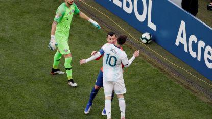 """VIDEO. Messi krijgt rood in troostfinale Copa América en weigert bronzen medaille: """"Wil geen deel uitmaken van deze corruptie"""""""