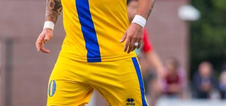 Suikeroom NEC loodst Wesley Sneijder in Ferrari langs gekte