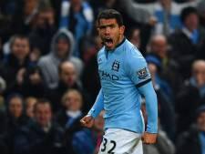 Tevez offre la victoire à Manchester City