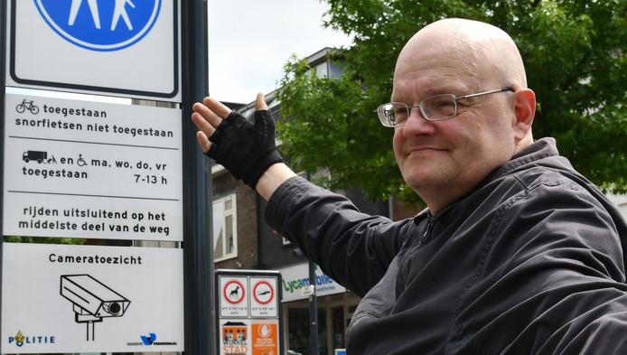 Nieuw verkeersbord Veenendaal jaagt rolstoelers de gordijnen in ...