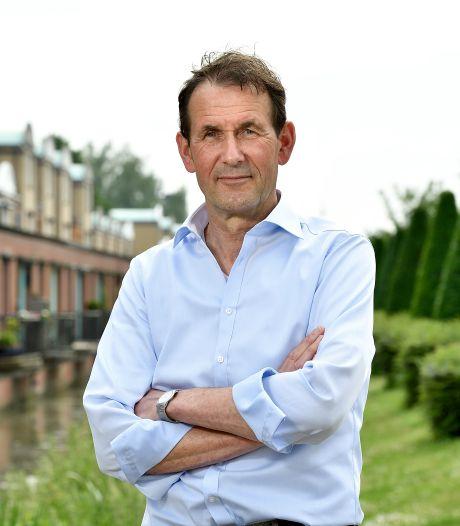 Provinciebestuurder Rob van Muilekom na operatie weer aan het werk