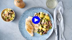 Dit is de perfecte winterse warme salade met de perfecte winterse ingrediënten