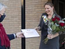 Martine zorgt er voor dat Sint 250 Enschedese kinderen die in armoede leven niet vergeet