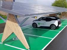 Proef met groene zonne-carport in Enschede