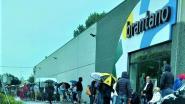 150 wachtende klanten voor Brantano die gesloten blijft