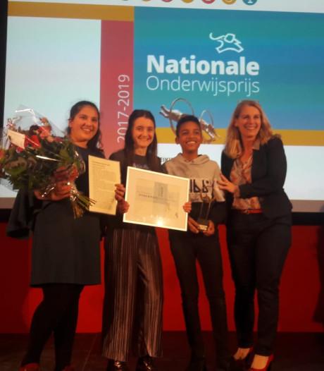 Onderwijsprijs Utrecht voor Trekvogel en Revius