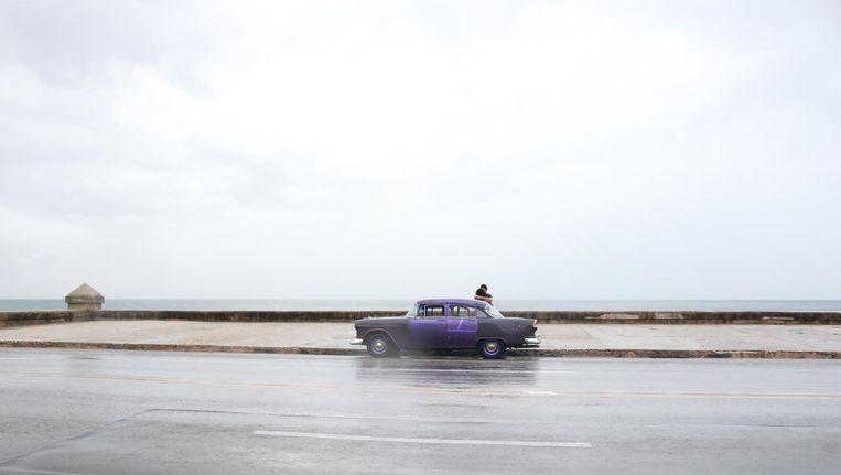Een van de talloze auto's op Cuba die ouder zijn dan de revolutie Beeld -