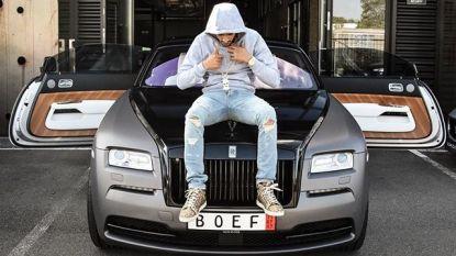 Rapper Boef heeft een nieuwe auto, en die is allerminst goedkoop
