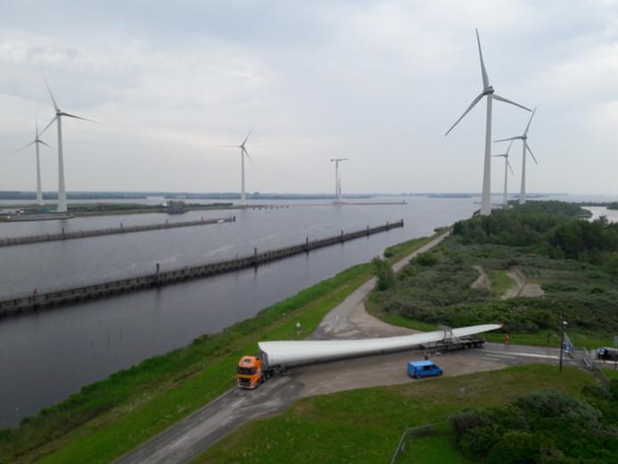 In januari werden de laatste van de 34 windmolens op de Krammer aangesloten op het elektriciteitsnet en is het park volledig in bedrijf.