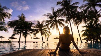 """""""Ga eens zwemmen of speel een spelletje Jenga"""". Vakantieresort op Bali verbiedt smartphones aan zwembad"""