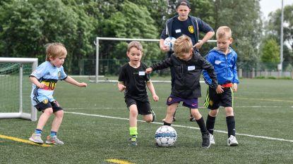 Jong Sint-Gillis zoekt trainers