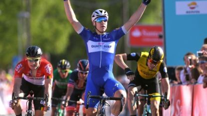 """Fabio Jakobsen schenkt Quick.Step 72ste recordzege, Lefevere: """"Ik ben een heel trotse man"""""""