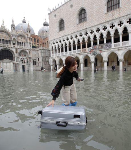 Toeristen mijden Venetië na overstromingen