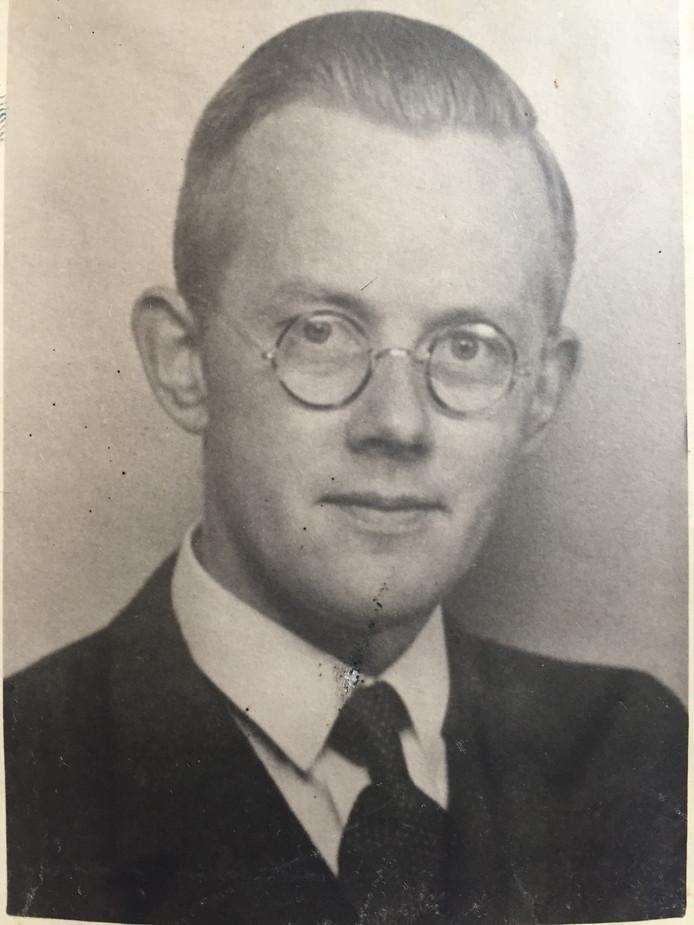 Piet Bouma schreef een brief in dagboekvorm over de bevrijding in Eindhoven aan zijn moeder en zijn twee zussen in Hilversum.