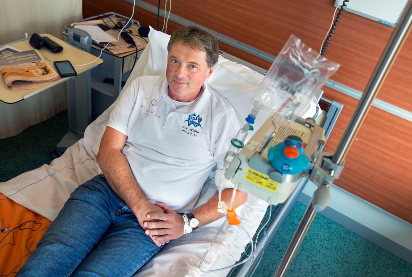 ALS-patiënt Robert Paul Wielinga uit Gorssel kreeg al meerdere proefbehandelingen met penicilline.