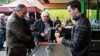 Café Trappisten trakteert vaste klanten op exclusieve Westmalle Extra van het vat