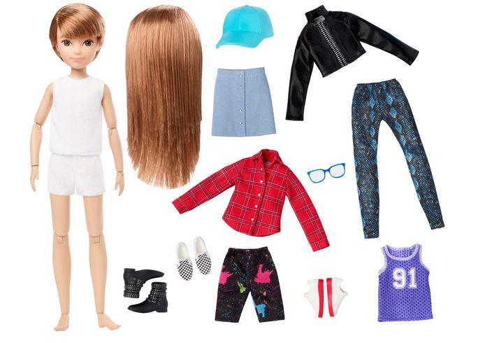 Mattel komt met één neutrale pop die kan worden aangekleed met lang of kort haar en met broek of rok.