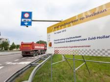 Op de busbaan N207 rijdt maar zes keer per uur een bus, dus waarom niet vrachtverkeer toelaten?