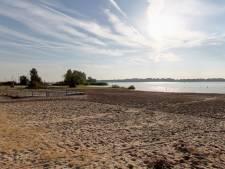 Waarschuwing voor zwemmersjeuk bij campingstrand in Zeewolde