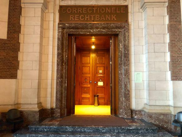 De correctionele rechtbank in Leuven waar het duo zich moest verantwoorden.