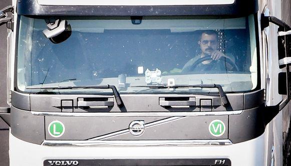 Volgens de VDAB moeten er meer werkzoekenden worden opgeleid tot vrachtwagenchauffeur.