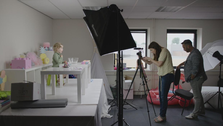 Jaydie en Patricia in de VPRO-documentaire Mijn dochter de vlogger