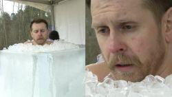 Bibberen en beven: Litouwer zit drie kwartier lang in kubus vol ijsblokjes