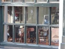 Politie zoekt beelden van beschieting café in Rijssen