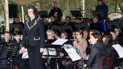 130 Balense muzikanten openen toeristisch seizoen