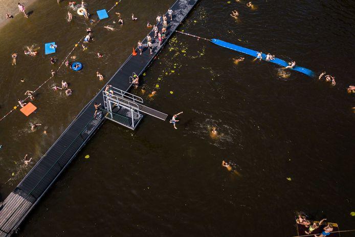 Zwembad de Meent in Breukelen gaat dit jaar niet open.