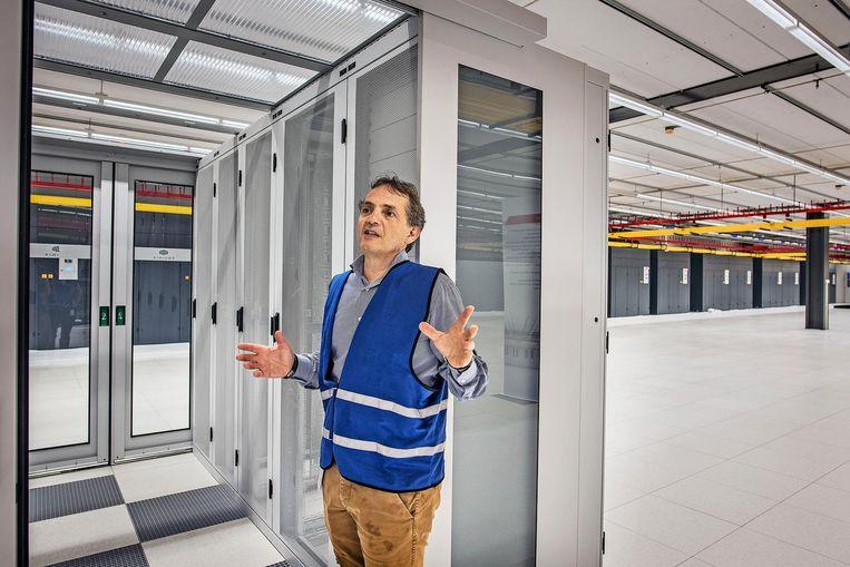 Directeur Michiel Eielts van Equinix Benelux: 'Alle grote internetbedrijven hebben hier servers staan.' Beeld Guus Dubbelman / de Volkskrant