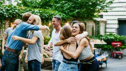 Hoe je nieuwe vrienden kunt maken als volwassene