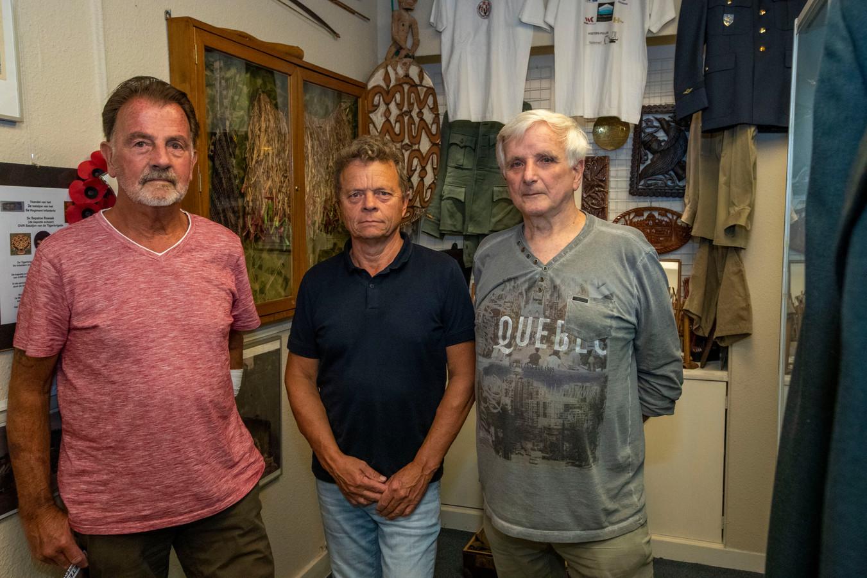 Oorlogsveteranen  Frits Heidendaal, Hubert-Jan Vleeshouwers en Michel Grijseels.