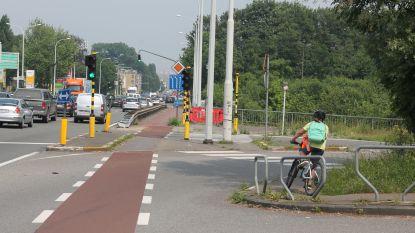 Jonge fietser zonder verlichting gaat naar huis zonder straf
