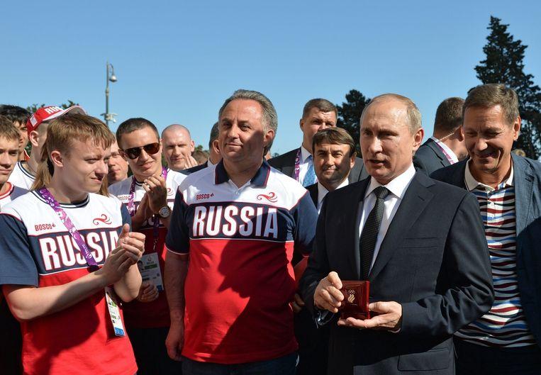 President Poetin bij de leden van het Russisch nationaal team op de Europese Spelen