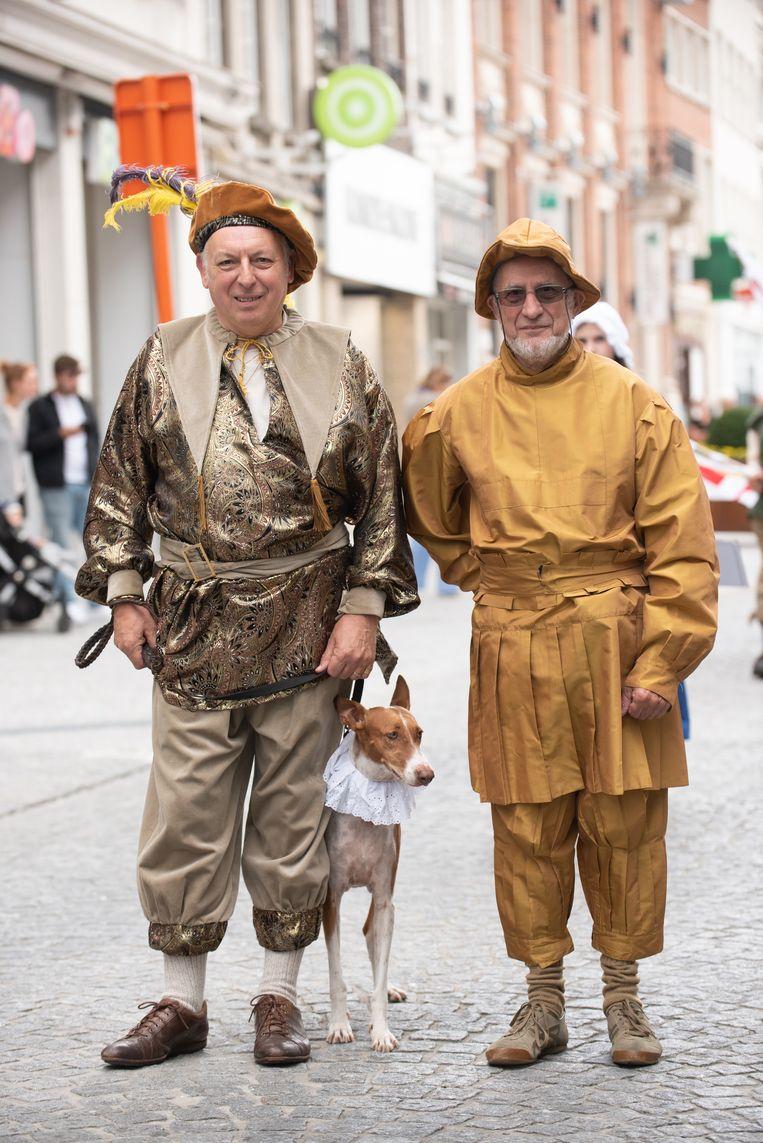 Luc Provost en Marc Vanquickelberghe, samenstellers van de Adriaen Brouwerstoet, stapten ook zelf mee.