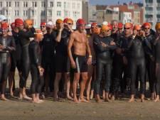Bijna 200 zwemmers wagen zich aan Seaswim